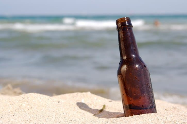 beer-bottle-allowed-on-beach